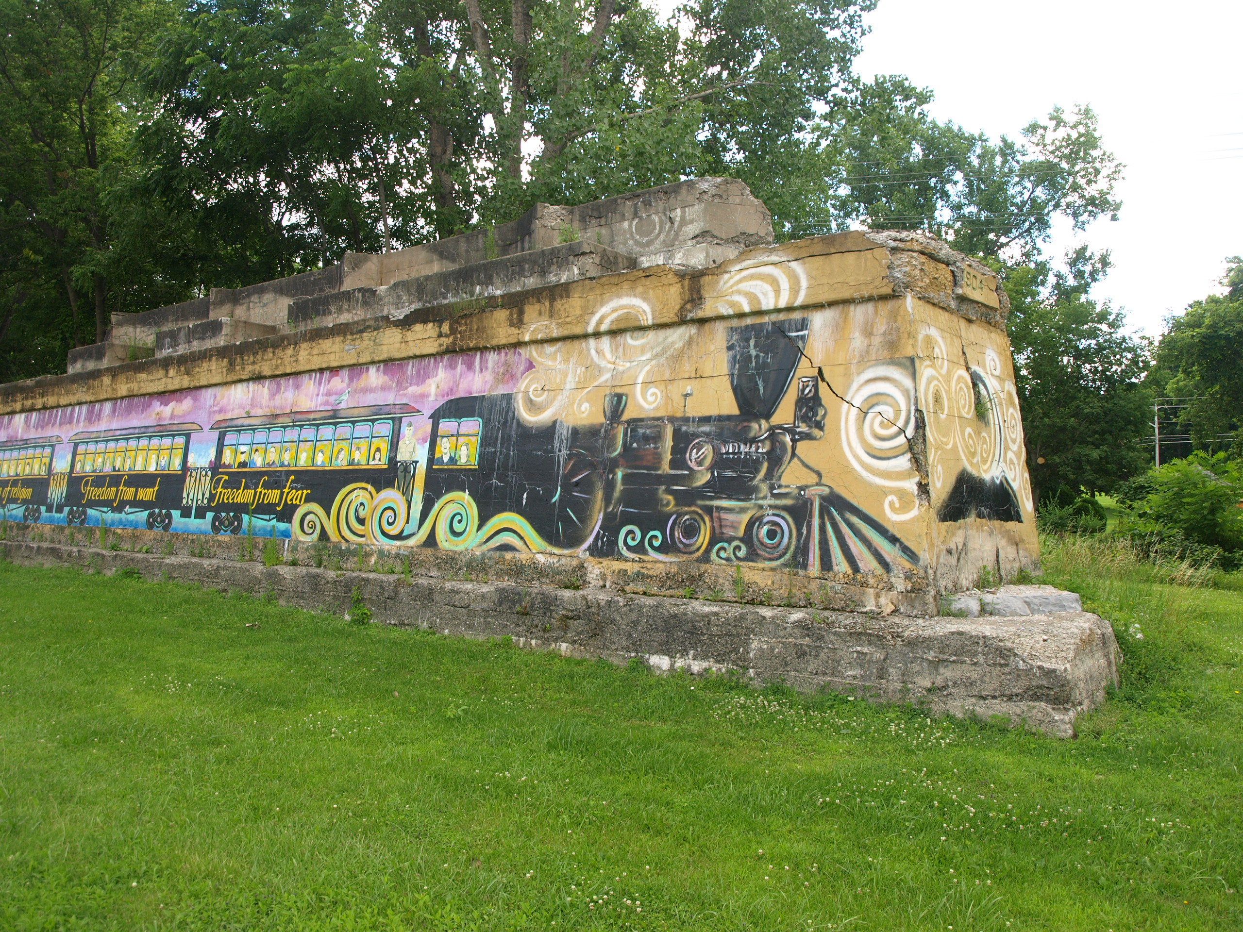 canal corridor murals earn international audience